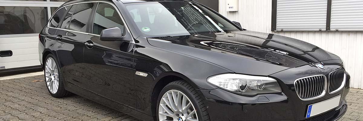 glänzender 5er BMW bereit zur Abholung