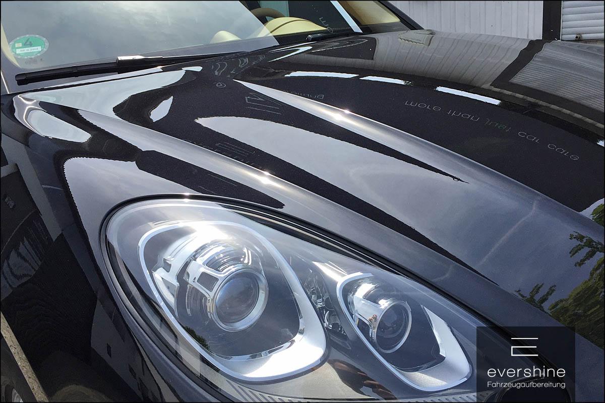 Sonnenspiegelung auf der Motorhaube-Porsche Macan S